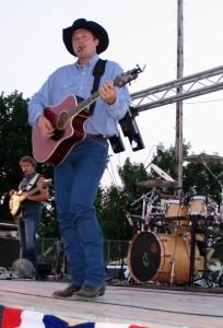 Dustin Evans